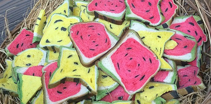 M-watermelon bread